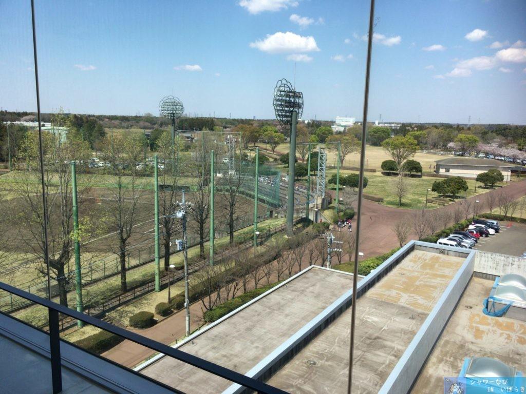 個室シャワー コインシャワー シャワールーム 茨城 つくば ふれあいプラザ 展望台から見える運動公園