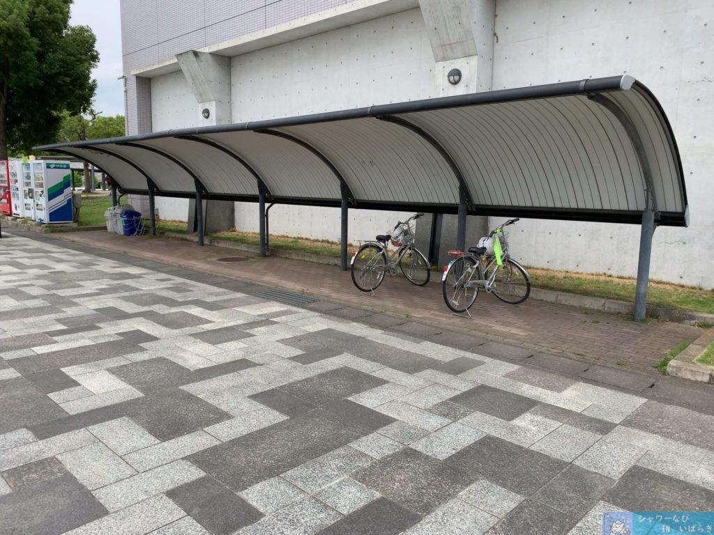 個室シャワー コインシャワー シャワー 茨城 桜川市 公園 桜川市総合運動公園 自転車置き場